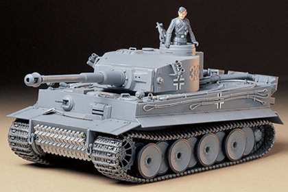 German Panzerkampfwagen VI, Tiger I, Ausf E - Early version